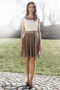 Eny ateliér krátké šaty béžovo-smetanové