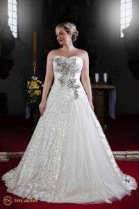 Eny atelier wedding gown Queen Monna