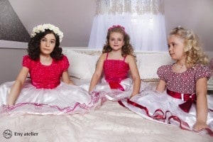 Little bridesmaids and flower girls