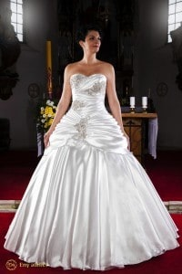 Eny atelier wedding gown Noblewoman Petty