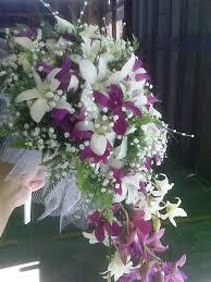 Eny ateliér svatební kytice fialovo-bílá