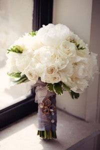 Eny ateliér svatební kytice bílé růže